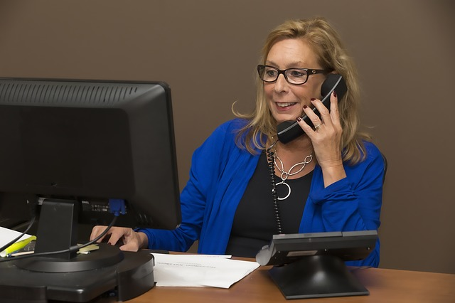 Choosing the Right Answering Service for Your Medical Practice